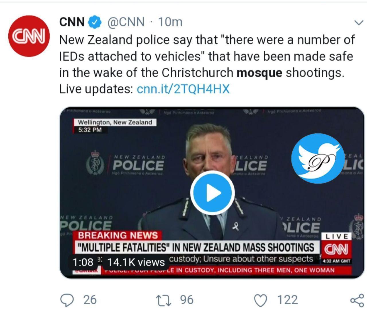 پلیس نیوزیلند اعلام کرد چندین ماده منفجره درون خودروی مهاجمین بیرون از مسجد را خنثی کرده است.