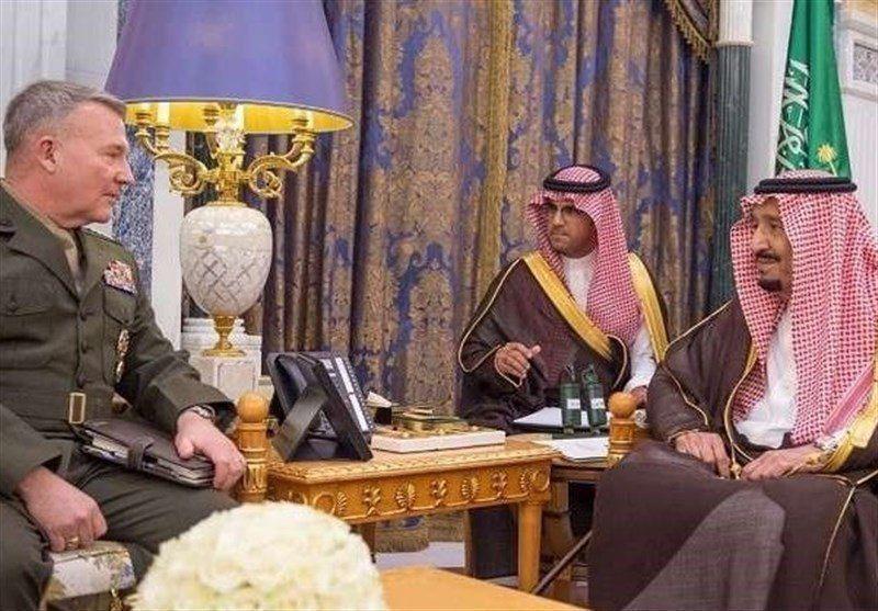 دیدار فرمانده نظامیان آمریکایی در منطقه با پادشاه سعودی