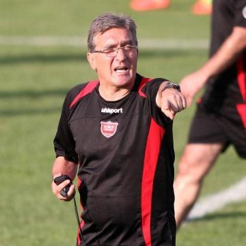 برانکو: بدترین بازی خودمان را انجام دادیم/ در سوت آخر قهرمان لیگ مشخص میشود
