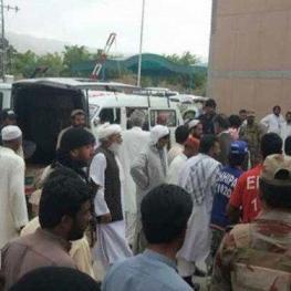 کشته شدن ۱۴ پاکستانی توسط افراد مسلح