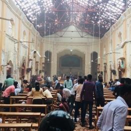 ۲۰ کشته و ۱۸۰ زخمی در ۶ انفجار همزمان در سریلانکا