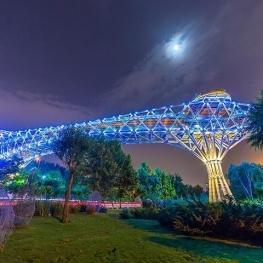 پل طبیعت میزبان روزه داران تهرانی