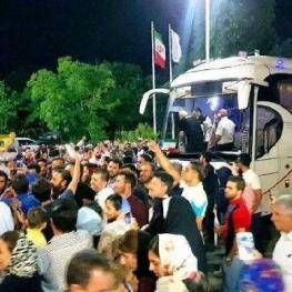 سعید معروف، قائمی و شریفی در هجوم هواداران والیبال مصدوم شدند!