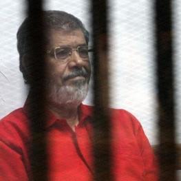 محمد مرسی، رئیسجمهور سابق مصر هنگام برگزاری جلسه محاکمه فوت کرد