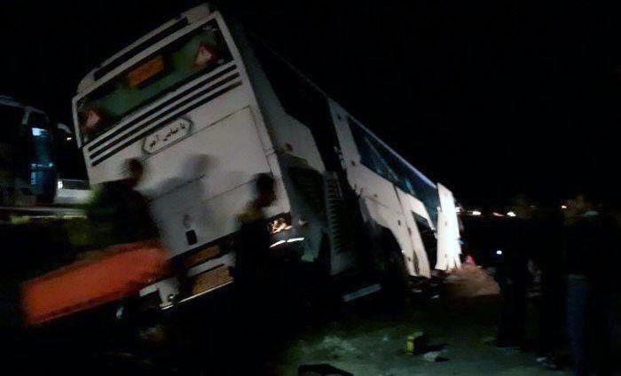 واژگونی اتوبوس زائران مینابی به مقصد کربلا ۳ تن فوت کردند و ۳۸ نفر زخمی شدند
