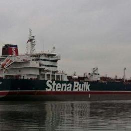 لندن به کشتیهای انگلیسی توصیه کرد «فعلا» از عبور از تنگه هرمز اجتناب کنند