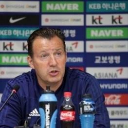 واکنش ویلموتس به قرعه تیم ملی در مقدماتی جام جهانی قطر: یک هدف داریم