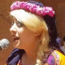 خانم نگار معظم، هنرمند اهل شیراز اعلام کرده که از کشور خارج شده است