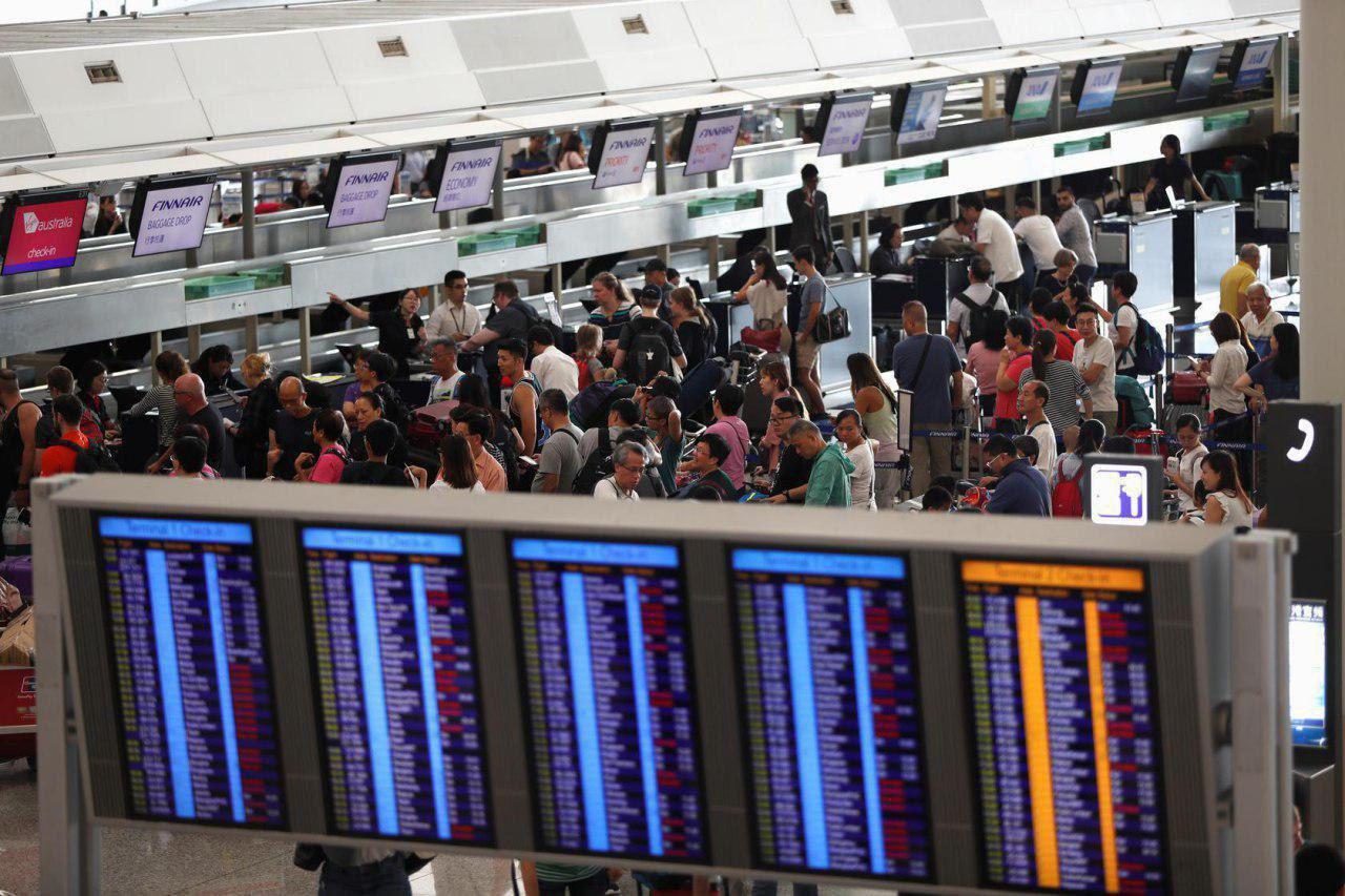 همه پروازهای فرودگاه بینالمللی هنگکنگ لغو شد