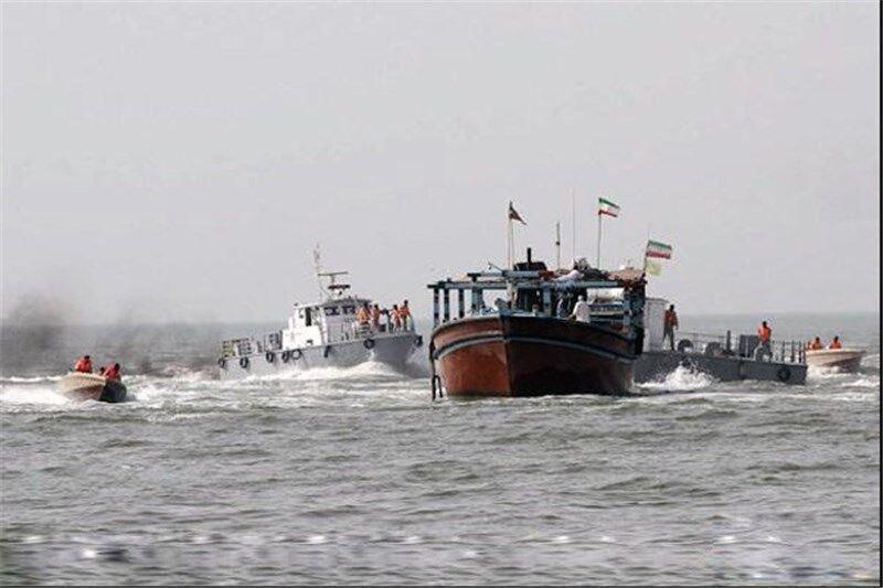توقیف شناور حامل ۲۵۰ هزار لیتر سوخت قاچاق در آبهای خلیجفارس
