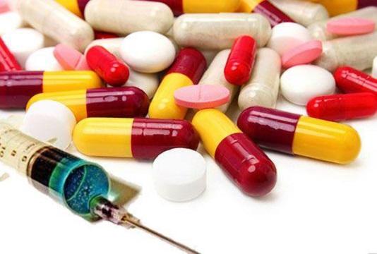 """وزارت بهداشت: داروهای """"آنفلوآنزا"""" تامین است"""