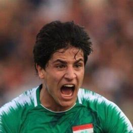 دو تویوتا کمری هدیه به دو گلزن عراق به ایران