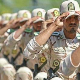 سربازان دپیلم و فوق دیپلم می تواند ادامه تحصیل دهند.