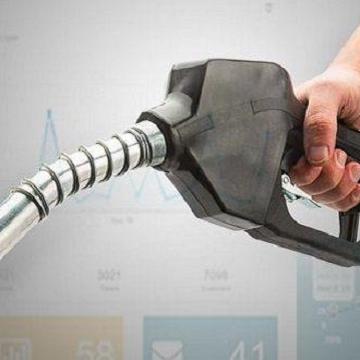 کاهش ۲۲ میلیون لیتری مصرف بنزین پس از بازگشت سهمیه بندی/ مصرف گاز بالا رفت