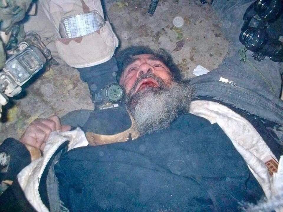 تصویری کمیاب از لحظه دستگیری صدام