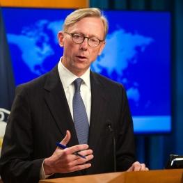 هوک: آماده رفع تحریمها و از سرگیری روابط دیپلماتیک با ایران هستیم