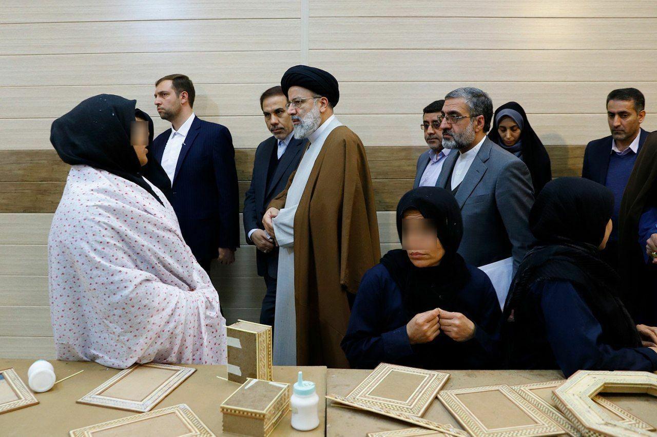 رییسی در زندان زنان