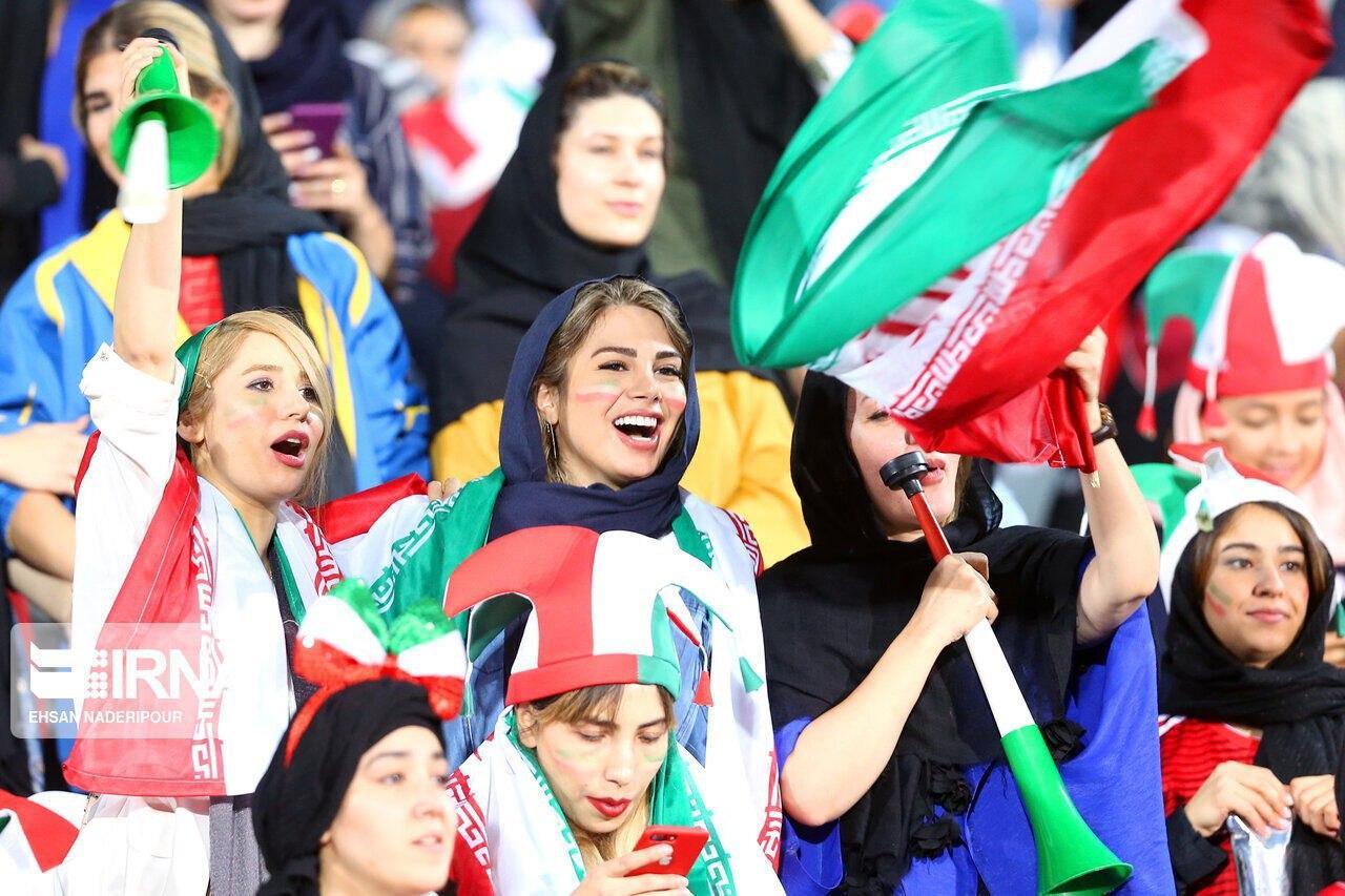 قول ایران به فیفا: زنان نامحدود و در همه بازیها حاضر میشوند