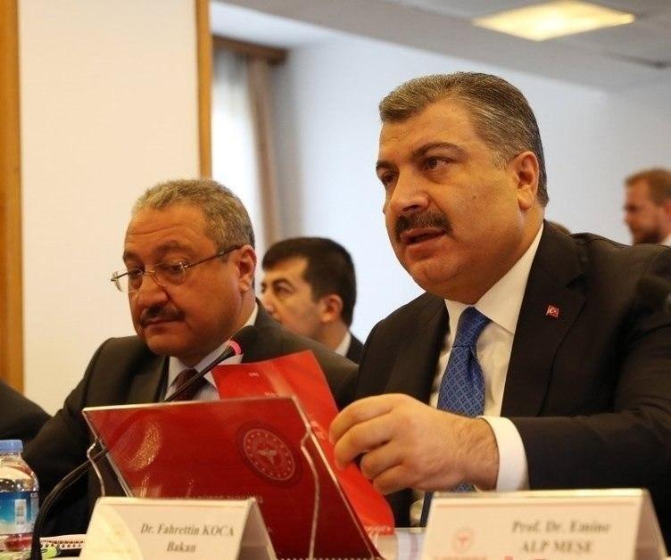 وزیر بهداشت ترکیه: دارویی که در درمان کرونا در چین نتایج مثبتی داشته، صبح امروز به ترکیه ارسال شد
