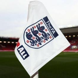 تعطیلی و لغو کامل مسابقات فوتبال رسما از انگلیس استارت خورد
