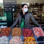 ماسک زدن در فروشگاه های اتریش اجباری میشود