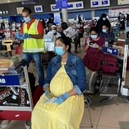 ۷۵ زن باردار هندی امروز در یک پرواز تاریخی دبی را ترک کردند