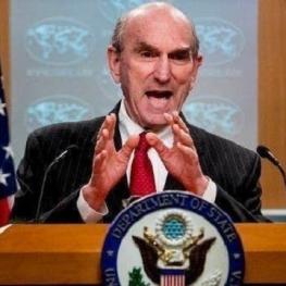 آمریکا به کشورها، بنادر، شرکتهای حمل و نقل و بیمه گذاران خارجی هشدار داد در صورت ارائه خدمات به نفتکشهای ایرانی حامل مواد نفتی به ونزوئلا با تحریم رو بهرو خواهند شد.