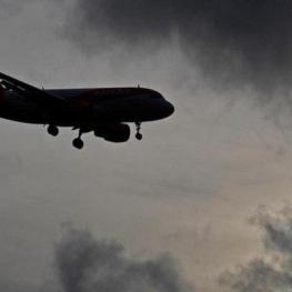 فرود اضطراری هواپیمای مسافری به دلیل نقص فنی در فرودگاه شیراز