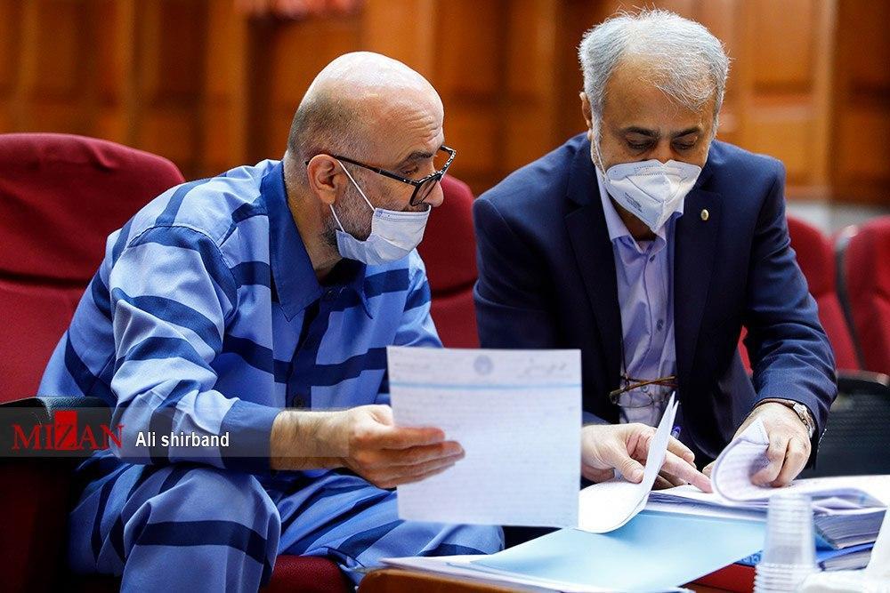 وکیل طبری ارتباط موکلش با «محمد انوشه» را تکذیب کرد!