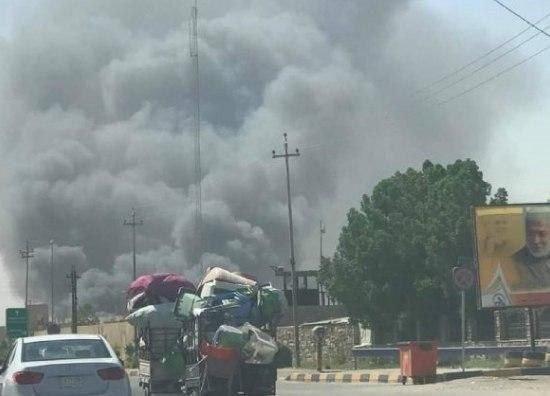 آتش سوزی گسترده در ۲۰ انبار مواد غذایی در نجف اشرف