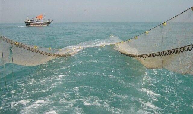 توقیف ۶ شناور در مناطق دریایی خوزستان به خاطر صید ترال