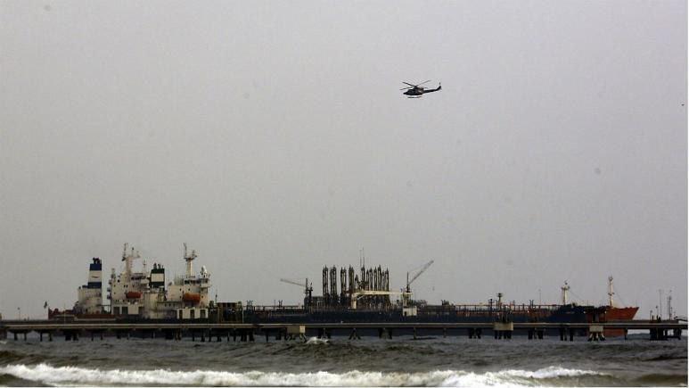 زنگنه: نفتکشهای توقیف شده از سوی آمریکا حامل بنزین ایرانی بودند
