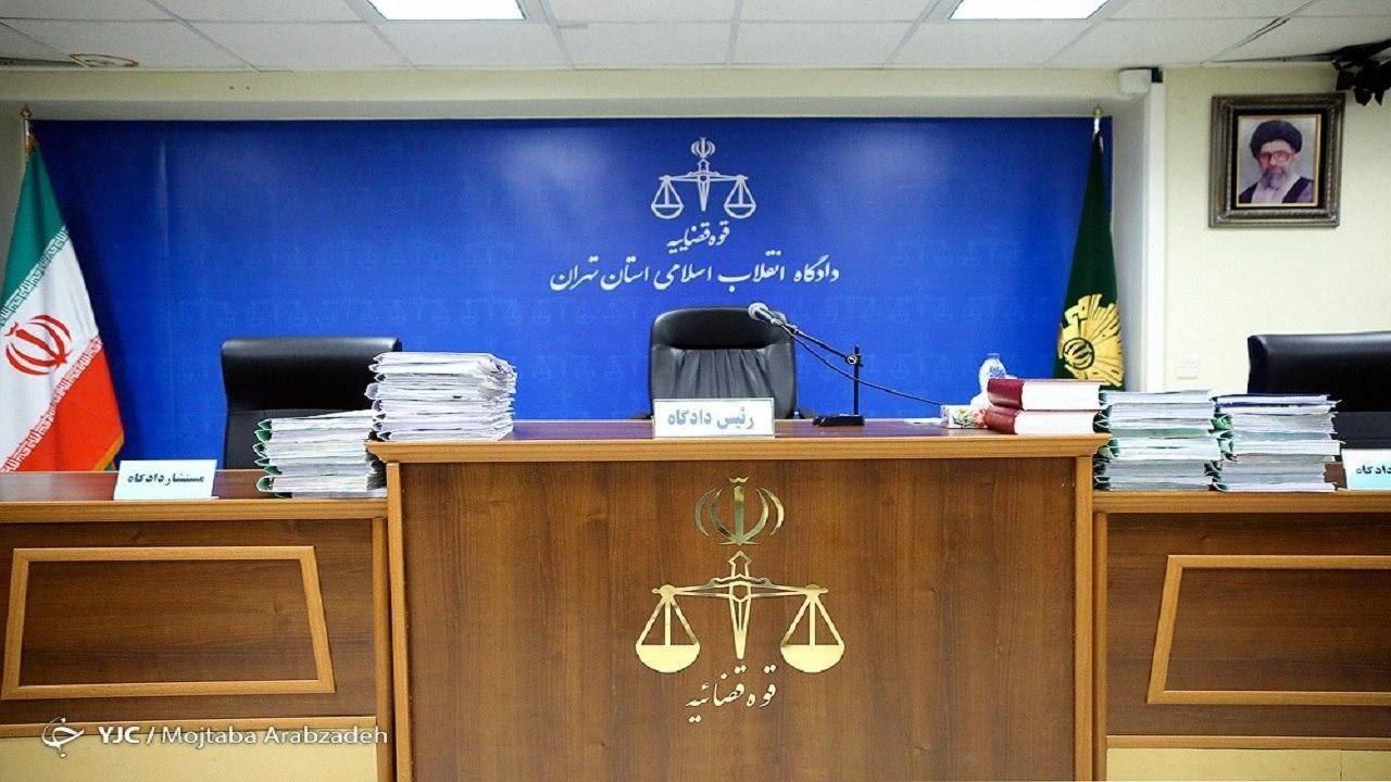 متهم ردیف اول پرونده «مفتاح رهنورد» از زندان بیرون آمد