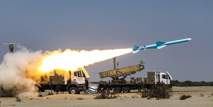 شلیک موشک «قادر» در رزمایش ذوالفقار ۹۹ ارتش