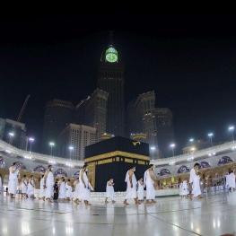 درهای مسجدالحرام به روی نمازگزاران باز شد