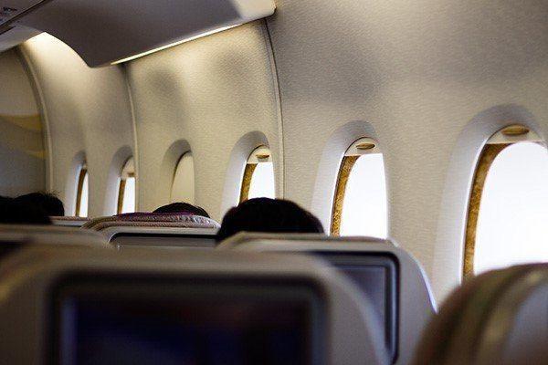 چارترکنندگان عامل گرانی بلیت هواپیما
