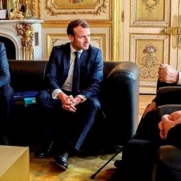 عقب نشینی فرانسه از مواضع اسلام ستیزی