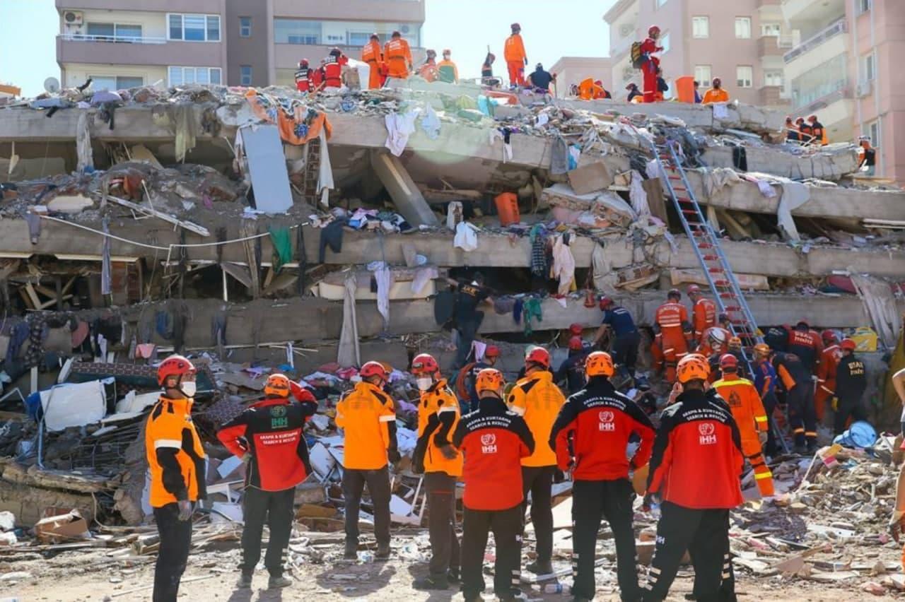 شمار قربانیان زلزله ازمیر به ۵۱ نفر افزایش یافت