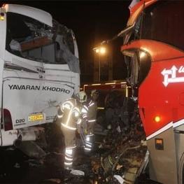 تصادف در بزرگراه تندگویان تهران با ۱۷ نفر مصدوم