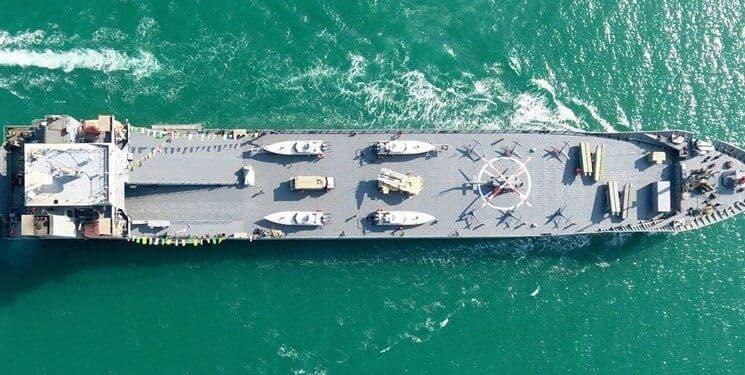 رونمایی از ناو اقیانوسپیمای سپاه