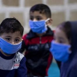 روزانه ۶ تا ۱۰ کودک در مشهد به کرونا مبتلا میشوند