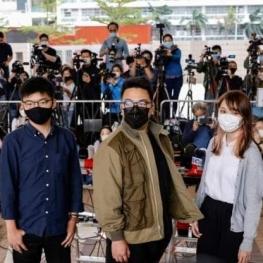 سه تن از رهبران اعتراضات هنگکنگ به سه سال زندان محکوم شدند