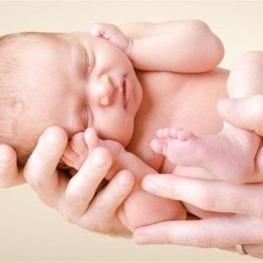 هشدار درباره عوارض خطرناک دستکاری در تاریخ تولد نوزاد
