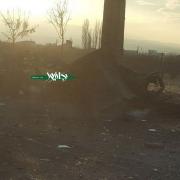 تصویری هولناک از باقیمانده خودروی نیسان که بعنوان هدف انفجاری از آن استفاده شده است.