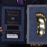 اهدای جایزه گلدن فوت سال ۲۰۲۰ به کریستیانو رونالدو
