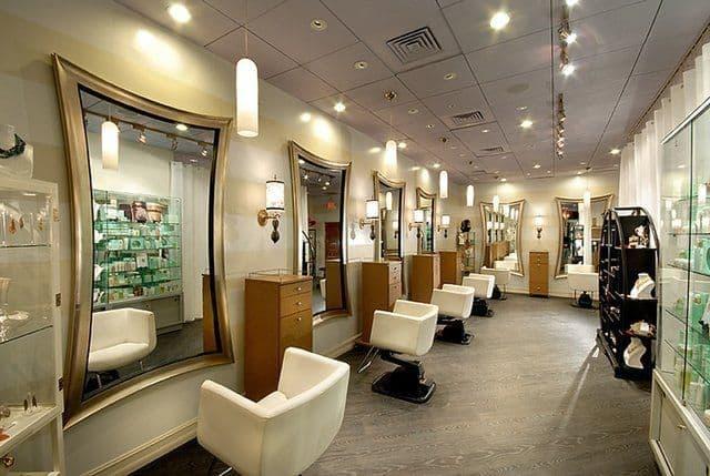آرایشگران زنانه به گروه شغلی ۲ اضافه شدند