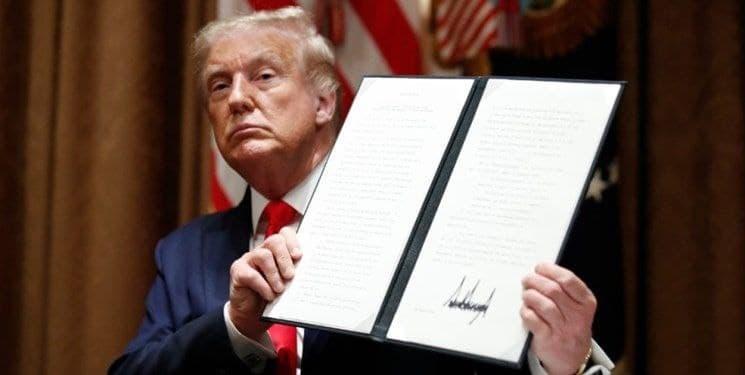 ترامپ ممنوعیتهای مهاجرتی به آمریکا را تمدید کرد