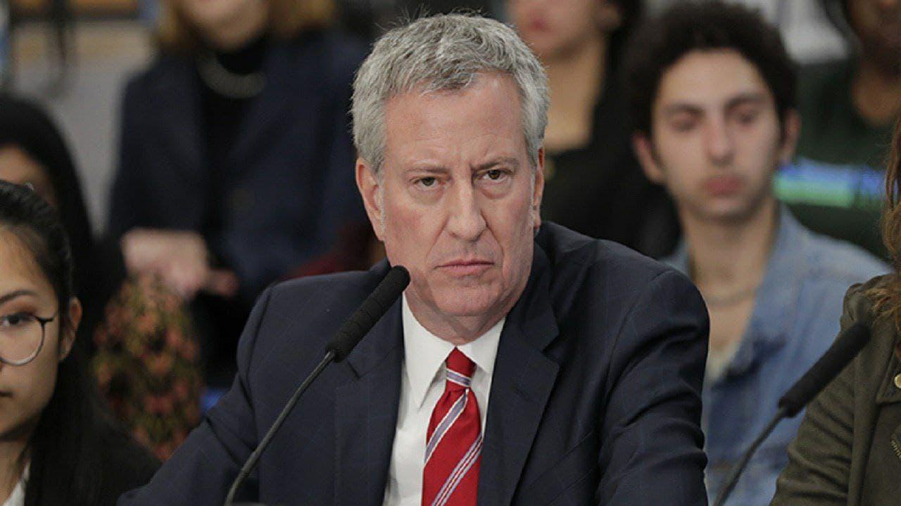 شهردار نیویورک: ترامپ همین الان استعفا دهد