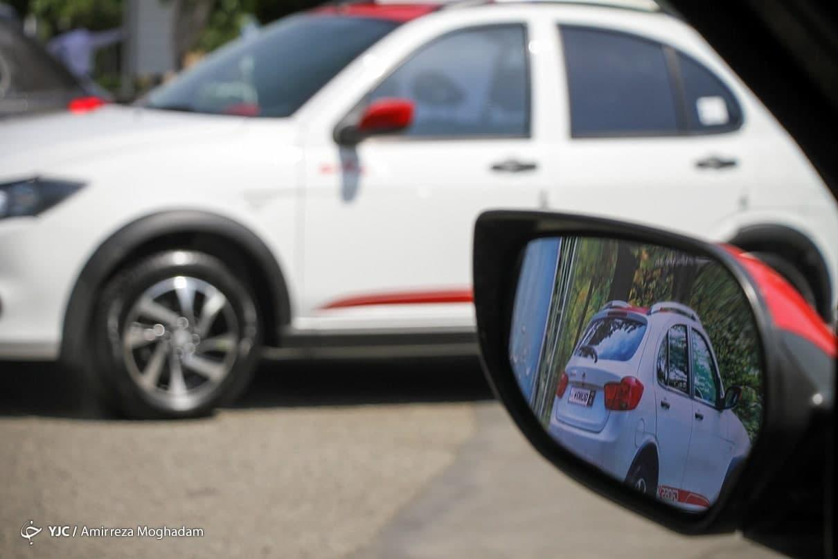 دنده عقب قیمتها در بازار خودرو/ پیش بینی می شود کاهش قیمت ها ادامه دار باشد