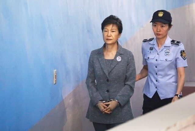 حکم حبس رئیس جمهور سابق کره جنوبی تائید شد.